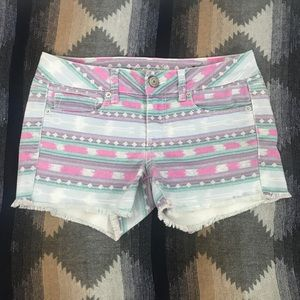 American Eagle Outfitters Size 6 Tribal Shorts